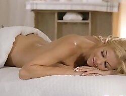 Busty milf facesitting petite masseuse