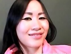 Big tit Asian amateur fingers their way bald-headed pussy