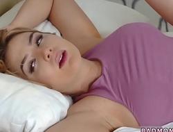 porn hd Sly Stepmom Catches A Fox
