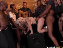 Bella Jane Interracial Gangbang - Cuckold Sessions