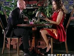 Brazzers - Real Wife Stories - (Yurizan Beltran, Johnny Sins)