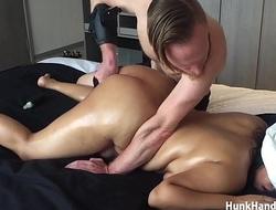20 yo Asian Amateur gf CHOKED Squirts Big Ass Real Massage Singapore Hotel