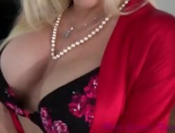 Voluptuous Older Mammy Temps Lady - Mother Comes First - Private showing