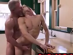 Silver Daddy eats and Fuck his Teen bareback in the kitchen- GayDaddyTwink xxx2020.pro