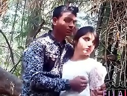 jungal me mangel enjoy boy with girlfriend