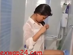 beautiful girl in bath room 2018 (sexwap24 xxx2020.pro)