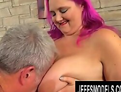 Wild Plumper Sara Toast of the town Bounces on an Venerable Dick Like a Perfect Slut
