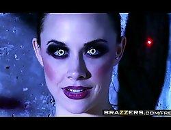 Coitus charged sex machines (Chanel Preston, Rachel RoXXX) have one job - BRAZZERS