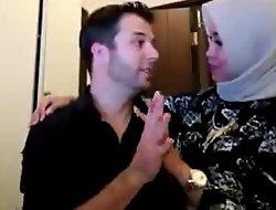 Hijab cooky sama bule di kamar FULL VID xxx2019.pro  xxx video C1NAQ