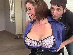 Milf eva notty flirtet mit dem vermieter - more intelligent to each milf on hotmilfsxxxporn video