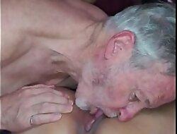 My boyfriend eating my pussy.