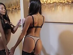Petite Asian Fingers Her Wet Pussy While Masturbating