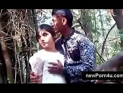 Most Beautiful and cute Indian girl kiss and boob pressed by bf at jungle at newPorn4u xxx2020.pro