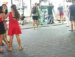 Western Guys Groove on Thai Girls - Here's Why ...