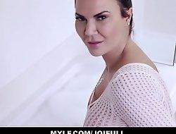 Your Big Tits MILF Stepmom Jasmine Jae Orgasms With You In The Bath Tub JOI POV