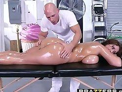Brazzers xxx2020.pro - smutty masseur - (eva notty) - giant boobs on the receptionist