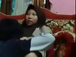 Scandal Siswi pramuka mesum dirumah pacar versi Full porn  xxx video HGTv1h