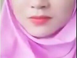 JIlbab pink cantik memek merah muncrat Full porn  xxx video 117hp