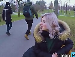 Unseat Blowjob in the Park - Teenporny