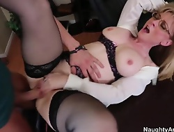 Mature trainer Nina Hartley spreads say no to legs in front of say no to young student Xander Corvus