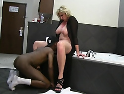 Busty Blonde Get hitched Enjoys BBC Hotel Recreation heavens Vacation while husband films