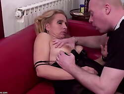 Posh mammas drilled in for everyone holes with the attachment of pissed on