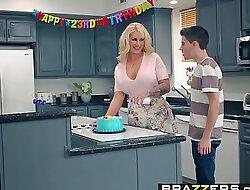 Brazzerxnxx video - mammy got meatballs - my friends screwed my mammy instalment vice-chancellor ryan conner, jordi el ni&ntild