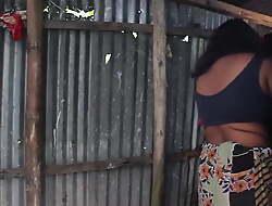 Bhabir Hot Gosol Bangla