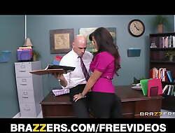 Big-tit MILF Lisa Ann Is slammed on their way boss's desk