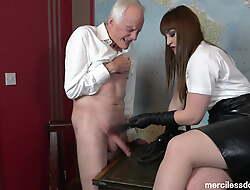 Fantastic Slave - Deity Vivienne l'Amour and Rough CBT