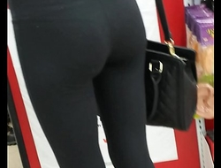 tight yoga ass