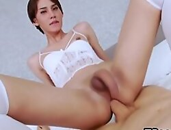 Accomplished White Dong Plows Transsexual Cutie Jenny G