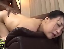 Japanese housewife gets her waggish BBC