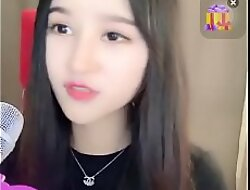 Hot sweeping Trung Quốc 2k livestream Uplive lộ hàng to